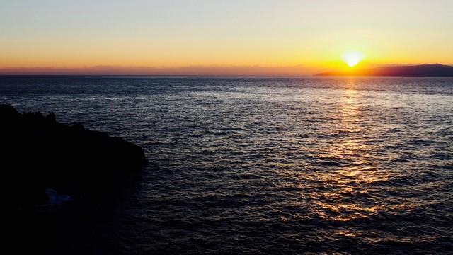 元旦の城ヶ崎海岸